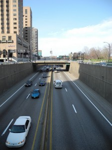 Photo of the depressed I-70 between downtown and the Gateway Arch.